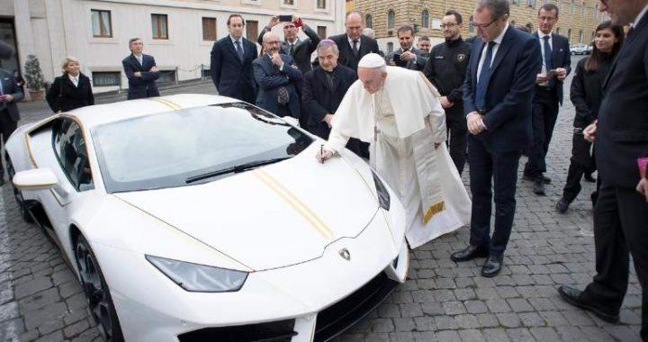 Las llaves del Lamborghini Huracan del Papa podrían ser tuyas por tan solo $10 dólares