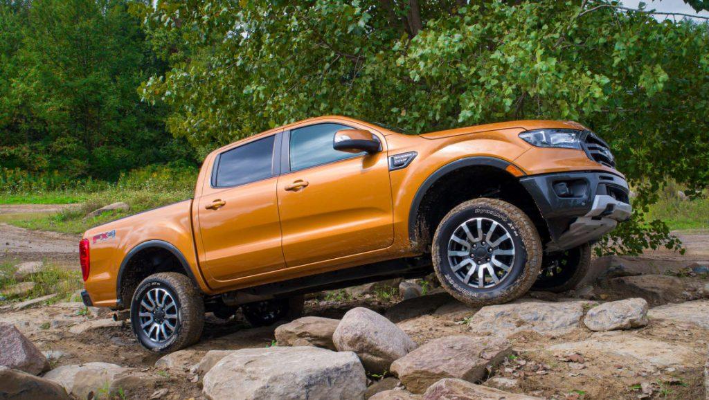 Ford Ranger en offroad con kit de nivelación