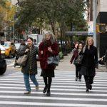 La seguridad de los pasajeros de autos aumento en 2018, pero así las muertes de los peatones