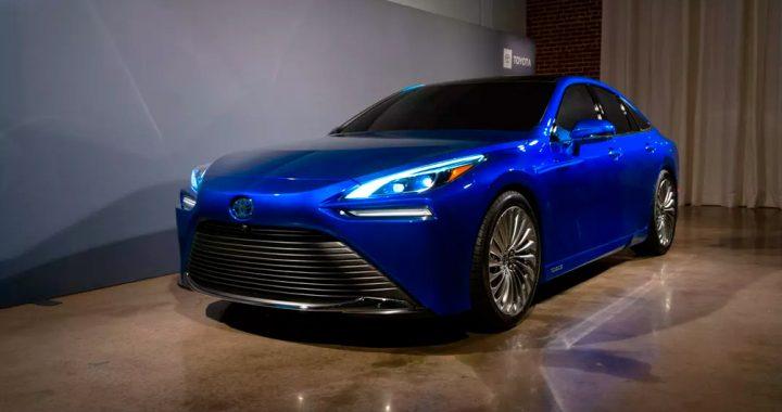 El sedán Toyota Mirai de celda de combustible 2021 se vuelve RWD para la segunda generación