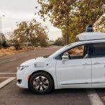 Waymo está permitiendo que las personas elijan viajes en autos completamente sin conductor