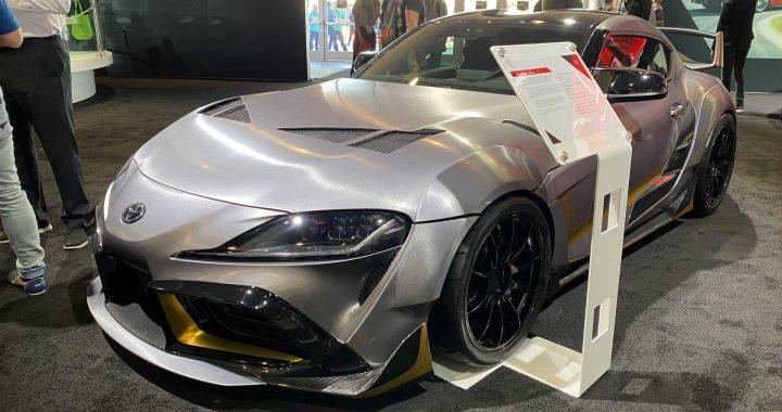 El concept Toyota Supra 3000GT tiene grandes defensas y un ala aún más grande