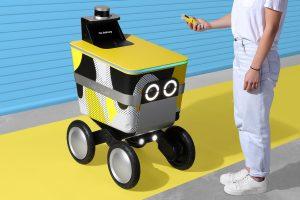 Robot de Phantom Auto para entregas en comercial