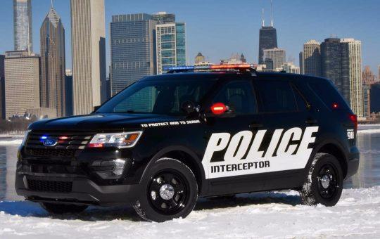 Ford Software calienta los interiores de los coches de policía a 133 grados para acabar con el coronavirus