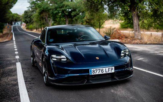 Se acerca el modelo base Porsche Taycan más económico con RWD